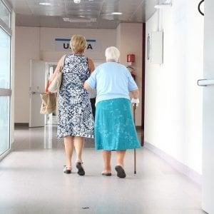 Cancro gastroesofageo, più benefici con chemio a basse dosi nei pazienti anziani