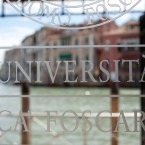 Borracce alle matricole, differenziata in dipartimento e corsi sostenibili: le università abbracciano l'ambiente