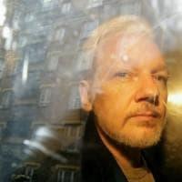 Assange ha i sintomi di chi ha subito torture psicologiche, dice l'inviato dell'Onu