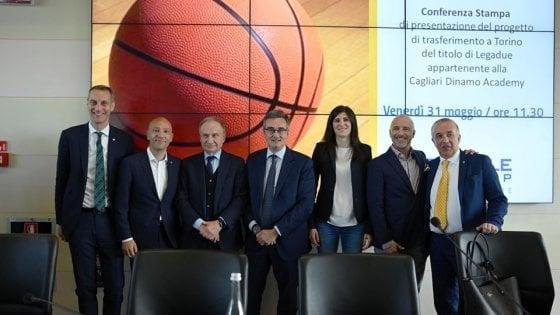 Basket, Torino riparte dalla A2 con il titolo di Cagliari. Sardara: Tornato il regno sardo-piemontese