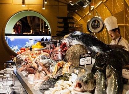 Perù, Senegal, Filippine: nella cucina del Fisher cucina il mondo intero