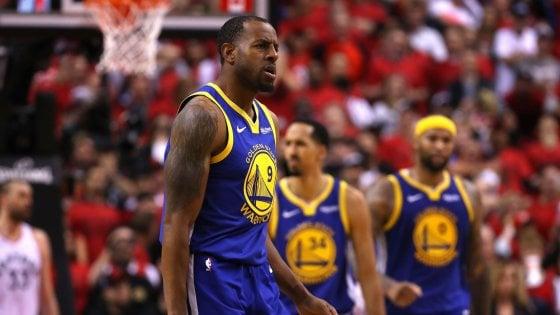 Basket, Finals Nba: Golden State piazza il colpo a Toronto, serie sull1-1