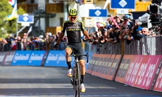 Ciclismo, dallo scatto di Carapaz agli schiaffi di Lopez: il Giro in dieci momenti