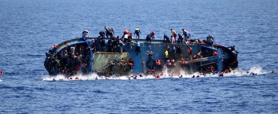 Migranti:  Ue accusata di crimini contro l'umanità