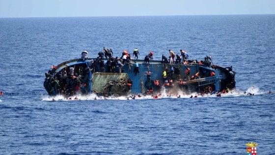 Migranti: nuovo sbarco a Lampedusa