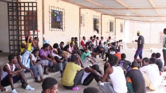 """Grandi (UNHCR): """"I centri libici? Sono campi di concentramento"""""""