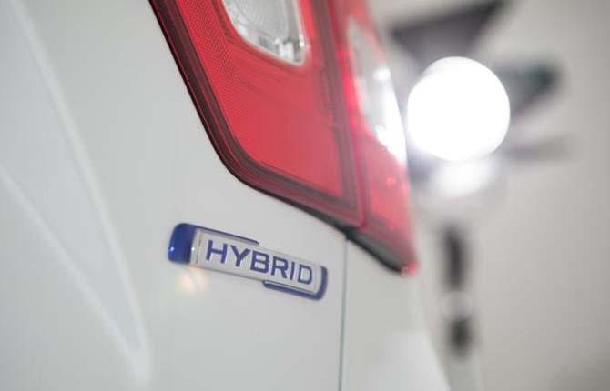 Suzuki show con la gamma Hybrid