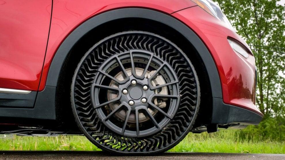 Gomma senz'aria: la Michelin lancia il modello pronto per la grande serie