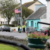 Trump atterra in Irlanda: incontro con Leo Varadkar, golf e proteste