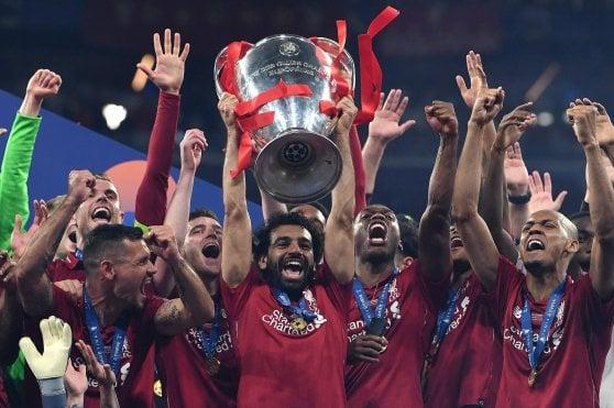 Il calcio che unisce: a Liverpool calano attacchi e offese anti-Islam. Grazie a Salah
