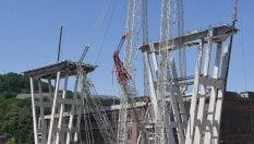 5b78debeff Il paradosso delle demolizioni: Ponte Morandi e Vele, solo una minima parte  del materiale