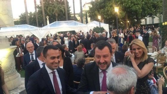 """Salvini e Di Maio tornano a parlarsi: """"Priorità taglio tasse. Siamo sulla buona strada"""""""