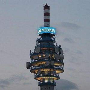 Mediaset sposta le tv in una holding olandese. Una nuova casa per le alleanze europee