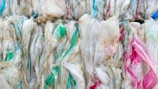 """Italiani per l'ambiente: sarà un'estate """"plastic free"""""""