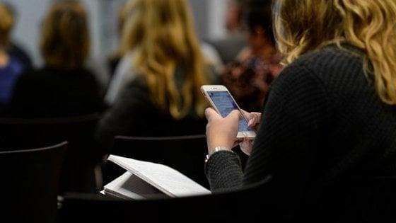 Più multitasking, meno attenzione: ecco come internet modifica il cervello