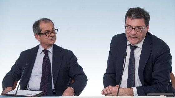 """Minibot, doppio attacco a Tria. Di Maio: """"Se non vanno bene, Mef dia soluzioni"""". Salvini: """"PA paghi i suoi debiti"""""""