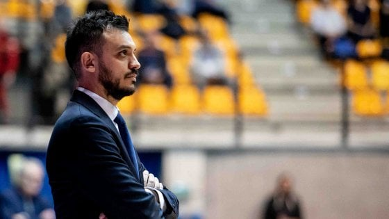 Basket, Brienza nuovo allenatore di Trento. Pistoia si affida a Carrea