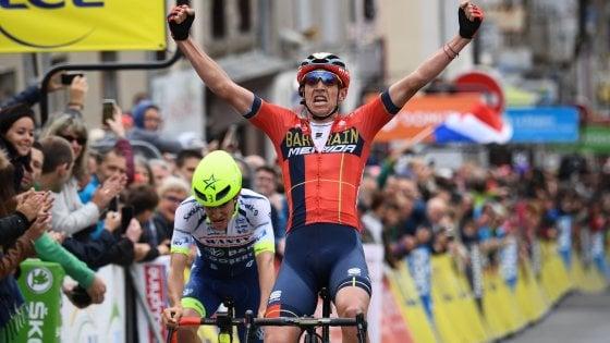 Ciclismo, Giro del Delfinato: Teuns vince seconda tappa e conquista la maglia di leader
