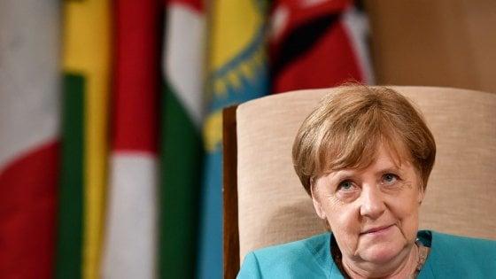 """Lo storico Hubertus Knabe: """"Non esistono prove che Angela Merkel fosse una spia della Stasi"""""""