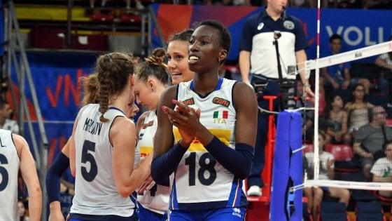 Volley, malore per Paola Egonu dopo Italia-Corea del Sud: esami ok, salterà la Russia