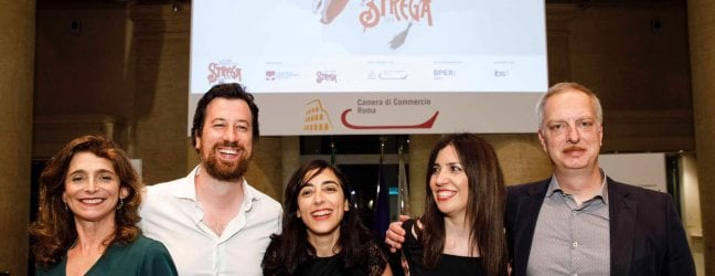 Premio Strega: Antonio Scurati con 312 voti guida la cinquina