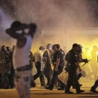 Polizia uccide un 20enne afroamericano, proteste e guerriglia urbana a Memphis