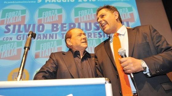 """Fi, scintille tra Toti e Berlusconi. Il leader azzurro: """"Il futuro è con la Lega"""". E ipotizza anche una fusione"""