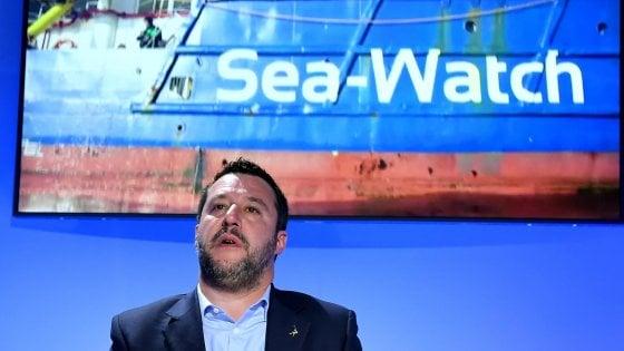 Trappola in alto mare, così Salvini vuole bloccare le ong accusandole di sequestro