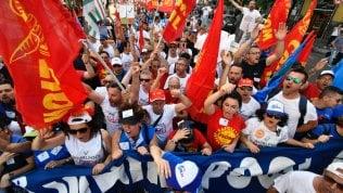 Sciopero metalmeccanici, i sindacati al governo: Mettere al centro il lavoro