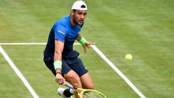 Tennis, Matteo Berrettini in semifinale a Stoccarda: l'Italia trova uno specialista dell'erba