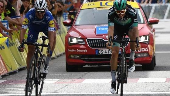 Ciclismo, Giro del Delfinato: Alaphilippe vince allultimo respiro. Adam Yates resta leader