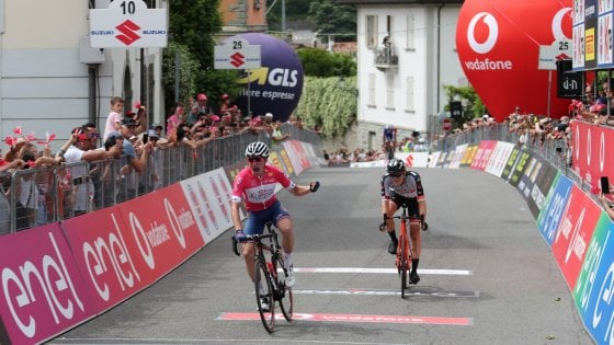 Ciclismo, Giro d'Italia U23: bis di Hayter che si conferma in rosa