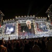"""Ligabue riparte da Bari, il tour negli stadi nel segno del rock: """"Ogni volta è il primo..."""