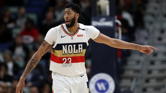 Basket Nba: colpo Lakers, arriva Anthony Davis. LeBron James: ''E' solo l'inizio''