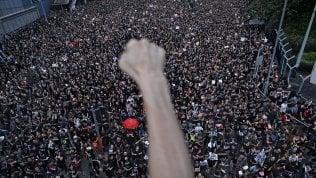 Hong Kong, in due milioni in piazza nonostante il ritiro della legge sullestradizione