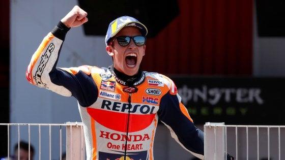 MotoGp, Catalogna: Marquez vince grazie al regalo di Lorenzo, Petrucci terzo dietro Quartararo