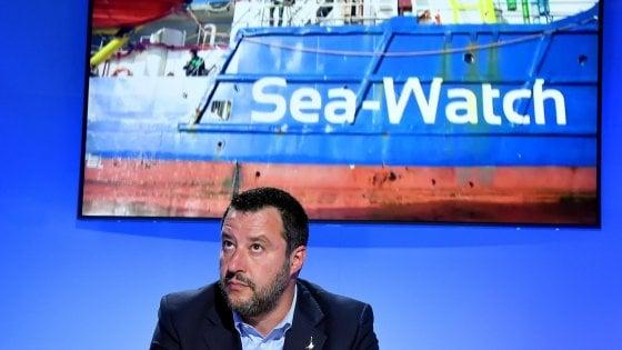 """Migranti, opposizioni all'attacco dopo le rivelazioni di Repubblica: """"E' il fallimento della politica di Salvini"""""""