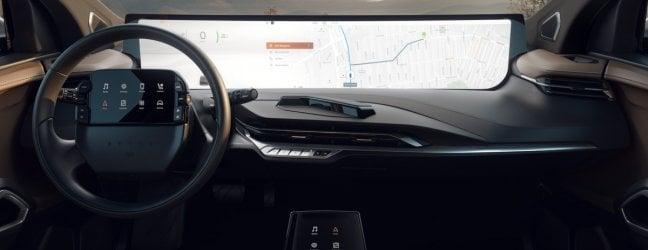 Maxi schermo in auto: è grande come 24 smartphone
