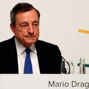 Draghi: Senza miglioramenti saranno necessari nuovi stimoli. Trump lo attacca