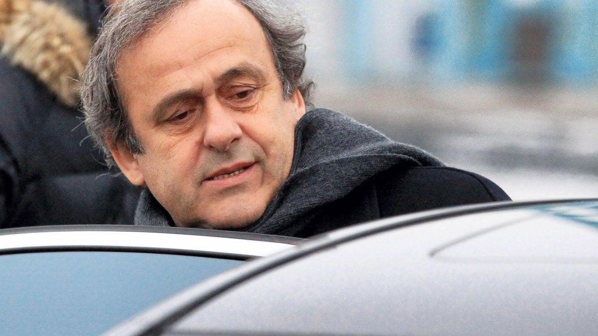 """Uefa, media: """"Platini arrestato per corruzione"""""""