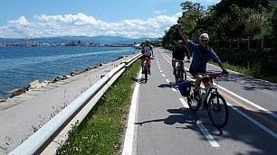 In bici lungo l'ex ferrovia -   ft