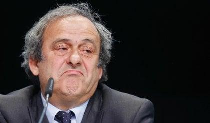 """Platini fermato, corruzione per i mondiali in Qatar: """"Estraneo"""""""
