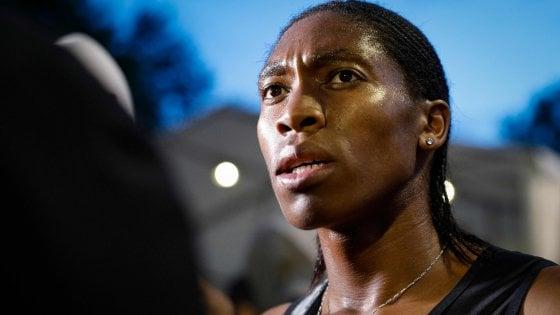 """Atletica, Semenya: """"Io usata come cavia"""". Iaaf: """"E' biologicamente maschio"""""""