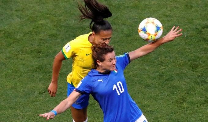 Azzurre per il primato, diretta Italia-Brasile  0-0