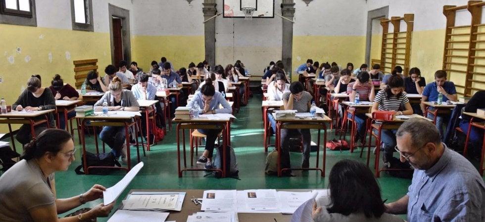 Maturità 2019, è il giorno dello scritto d'italiano: in 520mila alla prova, la prima...