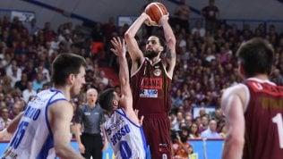 Basket, finale scudetto: Daye stende Sassari, Venezia vince gara 5 e si porta avanti 3-2