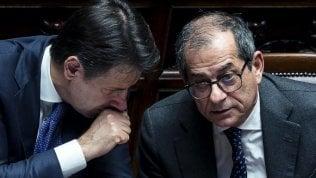 """Governo, vertice sui conti pubblici. Tria: """"Flat tax? Graduale e coperta con tagli"""""""