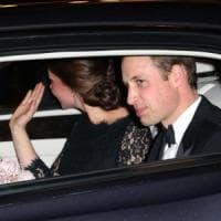 Incidente per scorta William e Kate, gravemente ferita 83enne