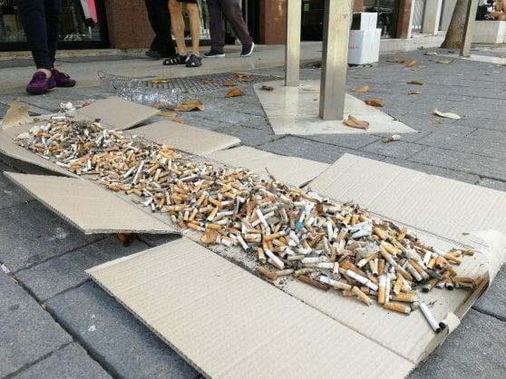 """""""Raccolgo mozziconi di sigarette sulle spiagge. La sfida è social"""""""