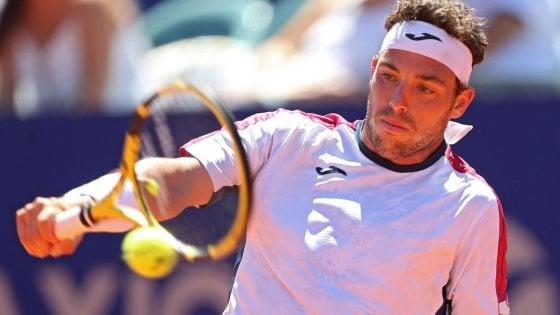 Tennis, Cecchinato saluta subito il Queen's: avanzano Del Potro e Wawrinka